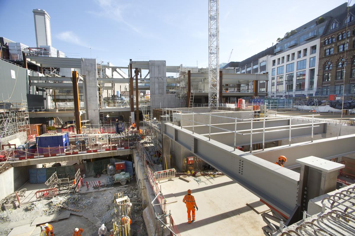 Crossrail/ Bechtel – Site visit to Crossrail's Farringdon Station